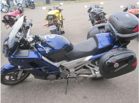 2005 Yamaha FJR1300A 104240320 thumbnail1
