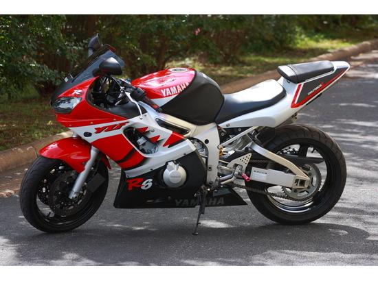 1999 Yamaha YZF-R6 106122234 thumbnail3