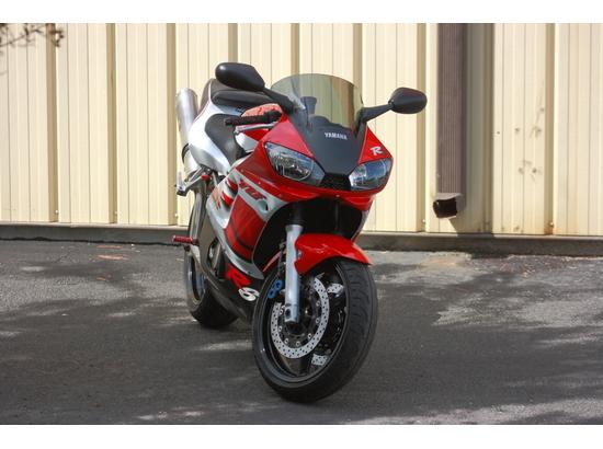 1999 Yamaha YZF-R6 106122234 thumbnail4