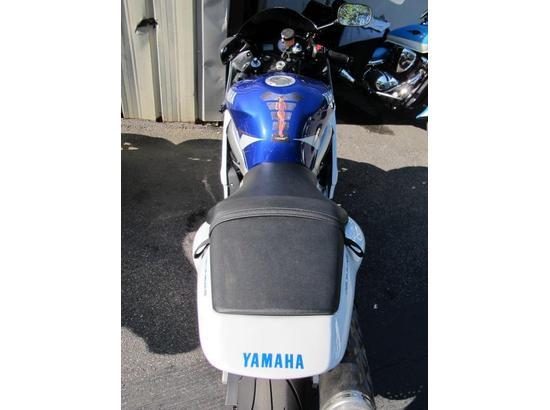 2001 Yamaha R6 107445922 thumbnail10