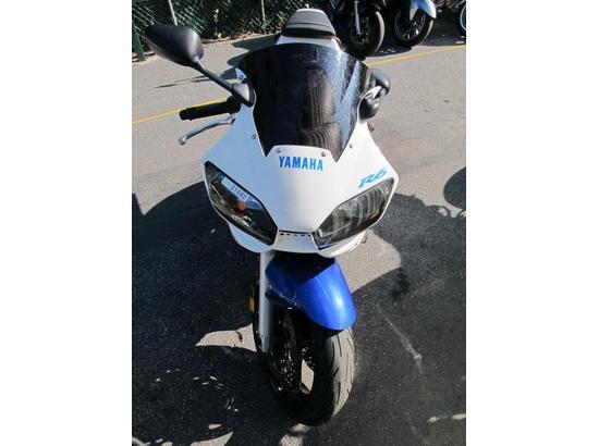 2001 Yamaha R6 107445922 thumbnail9