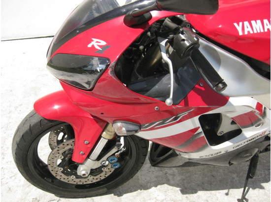 1999 Yamaha YZF-R1 103476872 thumbnail10