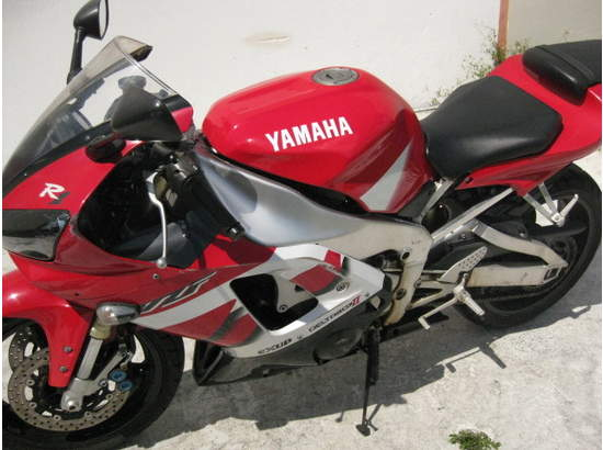 1999 Yamaha YZF-R1 103476872 thumbnail11