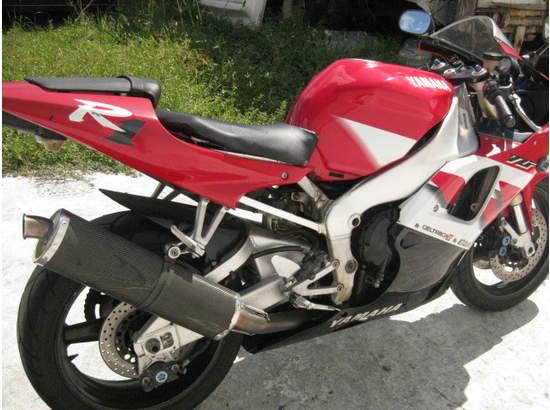 1999 Yamaha YZF-R1 103476872 thumbnail17