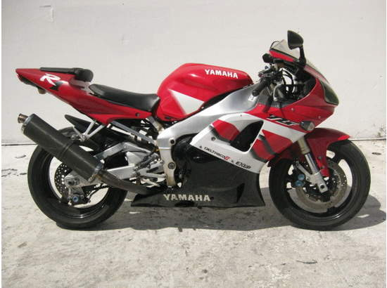 1999 Yamaha YZF-R1 103476872 thumbnail1