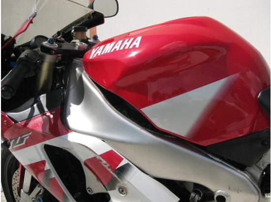 1999 Yamaha YZF-R1 103476872 thumbnail8
