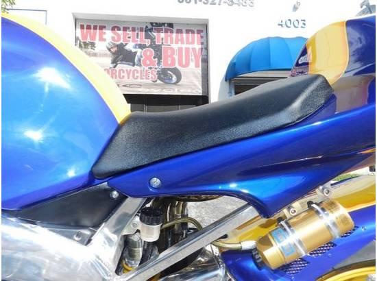 2000 Yamaha YZF-R1 107054613 thumbnail11