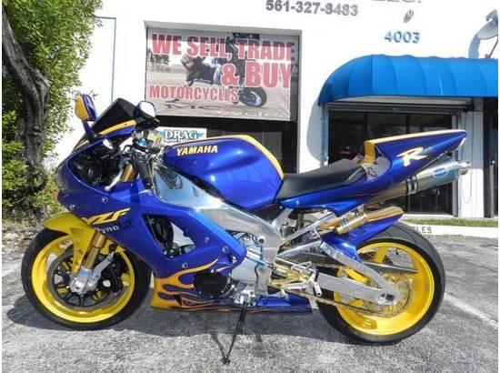 2000 Yamaha YZF-R1 107054613 thumbnail1