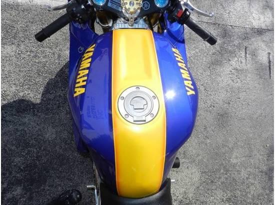 2000 Yamaha YZF-R1 107054613 thumbnail23