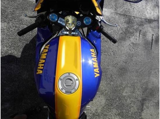 2000 Yamaha YZF-R1 107054613 thumbnail24