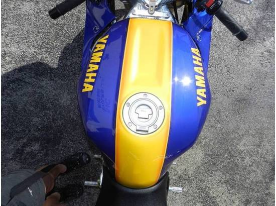 2000 Yamaha YZF-R1 107054613 thumbnail25