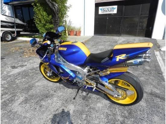 2000 Yamaha YZF-R1 107054613 thumbnail4