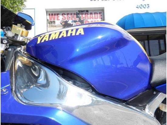 2000 Yamaha YZF-R1 107054613 thumbnail8