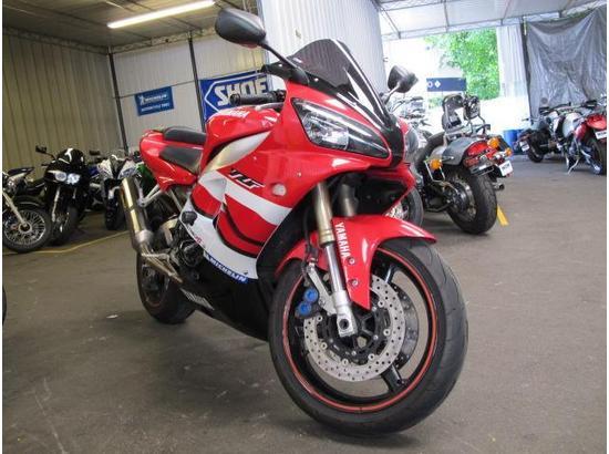 2000 Yamaha R1 107332181 thumbnail1