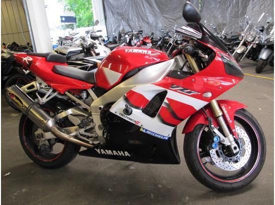 2000 Yamaha R1 107332181 thumbnail2