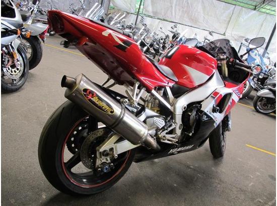 2000 Yamaha R1 107332181 thumbnail3