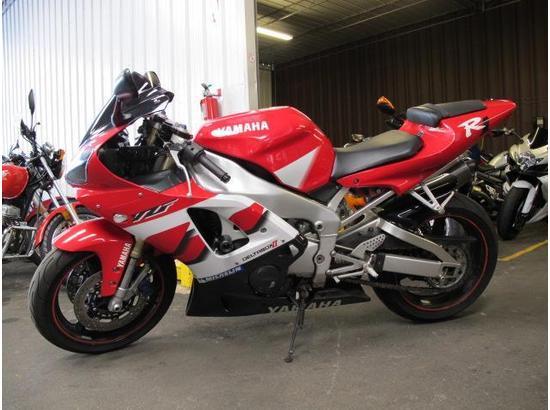 2000 Yamaha R1 107332181 thumbnail5