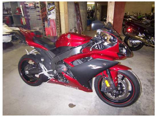 2007 Yamaha YZF-R1 94869782 thumbnail1