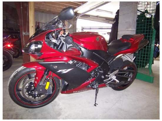 2007 Yamaha YZF-R1 94869782 thumbnail2